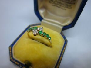 A Beautiful Ladies 9ct Gold Diamond and Emerald Dress Ring, size O, 1.3g