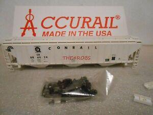 Accurail Conrail 3 Bay Covered Hopper Car in Box HO #139