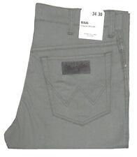 WRANGLER ® TEXAS W 33 L 30 Sommer STRETCH army grey grau - W121OO181 1.Wahl NEU