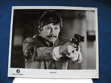 Telefon Charles Bronson 8X10 B&W movie photo w/TV release letter