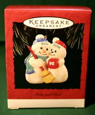HALLMARK ORNAMENT 1995  MOM AND DAD   SNOWMAN AND SNOW LADY