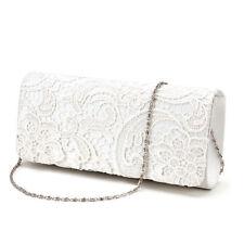 Accessoires blanche en dentelle pour la mariée