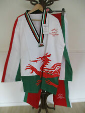 TAE KWON DO WELSH FLAG SUIT 2013 WORLD CHAMPIONSHIP NEW WITH TAGS SIZE 6 / 190