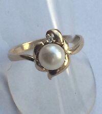 Ring mit Perle und Zirkonia Gold 333  Gr. 18 mm - 57   8K