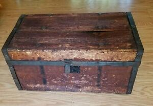 Antique 1900's Wooden Small Trunk Blanket Chest Box ....2 Nice Bentwood Handles