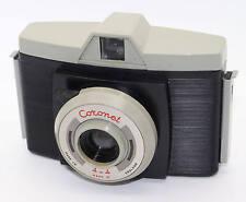 Coronet 4-4 Mark II 127 rollo de película cámara de plástico temprano con estuche – en muy buen estado c.1961