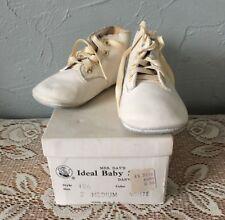 Vintage Baby Shoes Mrs Days Ideal Newborn Size 2 Medium w/Box Style 156 White