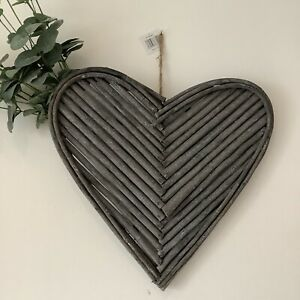 Large Wicker Twiggy Rattan Wreath Wall Hanging Heart 40cm Grey Country Style
