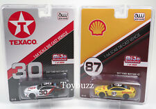 AUTO WORLD 1:64 MIJO SHELL TEXACO 2017 FORD MUSTANG GT SET OF 2 CP7438 CP7439