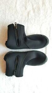 Cressi 5 mm Mens Black Diving Boots MENS Size 11