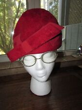 FABULOUS VINTAGE MIDCENTURY RED WOMENS HAT EVELYN VARON