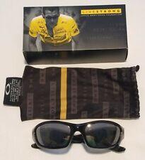 Oakley Livestrong Straight Jacket Sunglasses