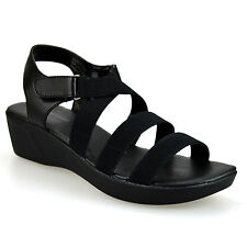 Synthetic Leather Sandals and Beach Shoes for Women