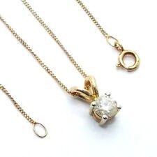 Mujer, 9ct gold colgante un diamante en una multa cadena