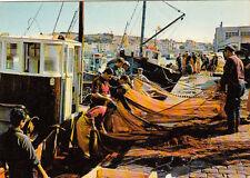 PORT-VENDRES le port de pêche et pêcheurs en action timbrée 1968