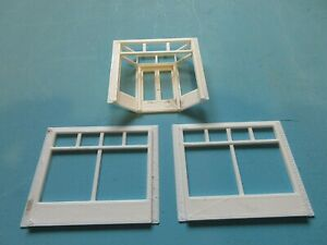 """3 D Printed  Shop front sections for a 1950's style department store """"00"""" gauge"""