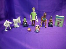 SCOOBY DOO LOT OF 9 ITEMS SHAGGY, SCOOBY-DOO FIGURES * MINI CARDS* CARS