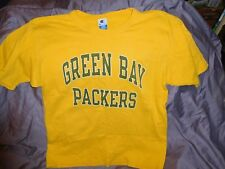 Green Bay Packers T-Shirt ~ Size L ~ (Champion Brand)
