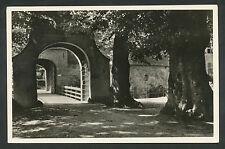 's-Heerenberg  Toegangspoorten en brug tot de voorburcht van het Huis Bergh