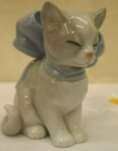 (STG) Nao by LLadro Kitty Present Cat with Large Blue Bow #1348
