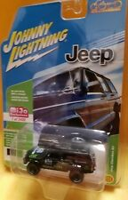 1/64 Johnny Lightning Jeep Cherokee XJ Off Road Diecast Black and Lime JLCP7047