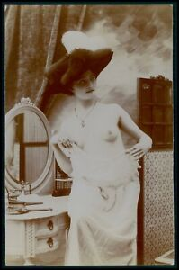 Citrate photo French nude woman feathers hat original vintage c1910s postcard