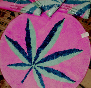 NEW VS PINK RUG Coco Chill Marijuana Cannabis Pot Leaf Shower Mat Novelty 420
