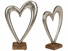 Metall Deko Herz ca. 28 cm Wohnaccessoire silberfarben Metallherz auf Holzsockel