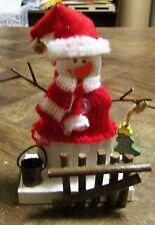 Décoration naturelle Père-Noël tricot rouge (NO03)