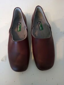 Clarks Mens wine real leather slippers 7