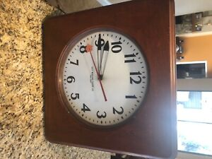 antique self winding clock company New York large 21 inch