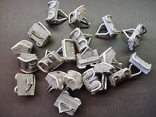 """20 pcs Ford 7/8"""" x 7/8"""" fender door belt body side moulding trim clips sealer"""