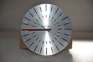 Bang & Olufsen - B&O - Beotime Collector items *RARE* RED DIAL.