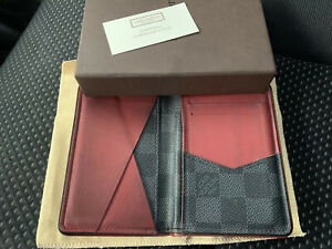$895 Authentic Louis Vuitton Made in FRANCE 🇫🇷Mens Cards Wallet Sz.3X4.5 FS