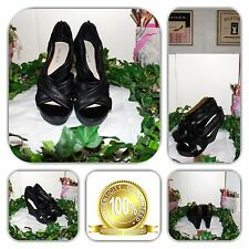 👠STYLISH-NINE WEST BLACK WEDGES (SIZE 6M) 👠