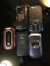 Lot of 4 Old Vintage Used Cell Phones Flip, Motorola, Samsung, Untested