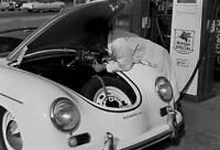 Porsche 1500 1955 Speedster OLD CAR ROAD TEST PHOTO 8