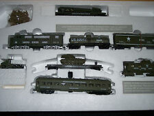 HO US ARMY CLASSIC TRAIN SET LOCO & 6 CARS US ARMY  W/ 72 TROOPS 1028-A4
