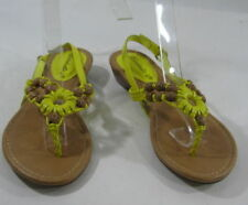 Unbranded Buckle Low (3/4 to 1 1/2 in) Heel Height Sandals for Women