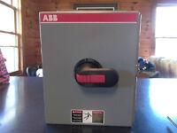 ABB FC302-3PB6B Enclosed Switch New