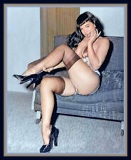 BETTIE PAGE COLLECTION RARE 8 X 10 PHOTO   [[[[NEW]]]]