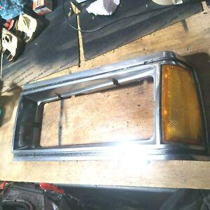 Left Headlight Door Bezel Trim Fits 81-85 Caprice 82-86 Parisienne LOC-104