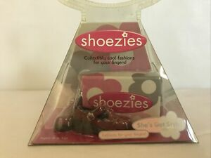 Vintage 2000 Hasbro NIP Shoezies Miniature Shoes for your Fingers
