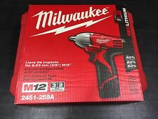 """MILWAUKEE 2451-259a -M12™ CORDLESS 3/8"""" SQUARE DRIVE IMPACT WRENCH KIT"""