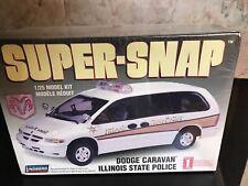 Lindberg Super-Snap Dodge Carvan Illinois State Police 1/25 Model Kit- F-45