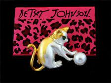 Cute Cat Charm Brooch Pin Betsey Johnson Women's Yellow Enamel Pearl