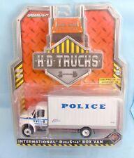 24366 GREENLIGHT / H.D TRUCKS 2015 / INTERNATIONAL DURASTAR BOX VAN POLICE 1/64