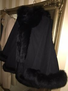 Real Fox Fur Black Hooded Cape Womans Size 8-14