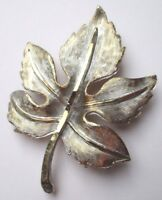 broche grand bijou vintage en relief feuille de couleur or et argent patiné 1696