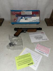 American Vintage BENJAMIN CROSMAN HB22 22 Caliber Pistol Walnut Grips #2 H9A
